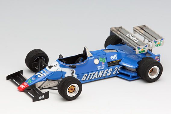 1/20 Ligier JS21