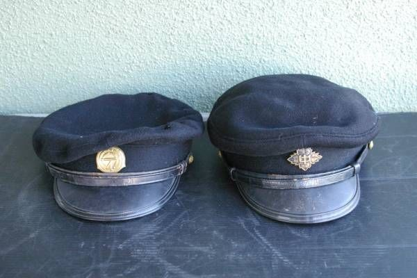 Japanese elementary, and middle high school military style caps. Showa period.