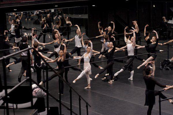 rehearsal scene in Black Swan