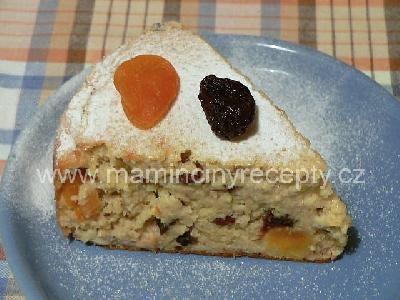 Jahelník s ovocem a oříšky