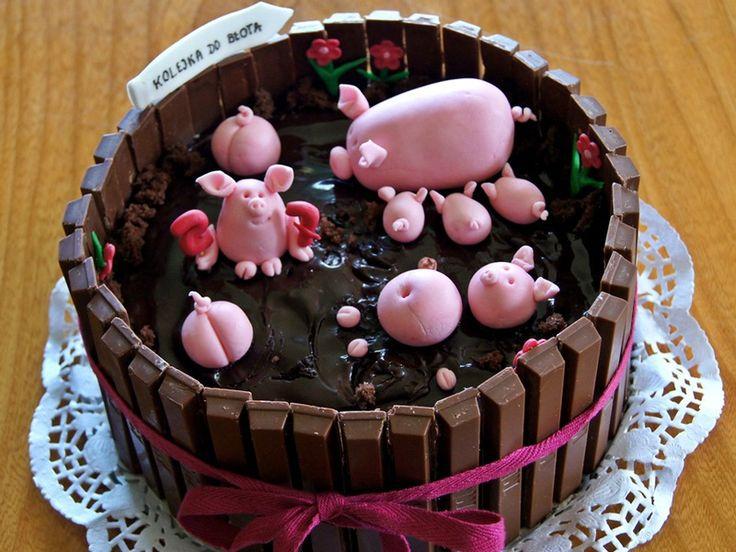 Świnki w zagrodzie - tort urodzinowy Takiemu tortu żadne dziecko się nie oprze :D
