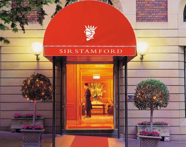 Sydney Sir Stamford At Circular Quay Hotel Australia, Pacific Ocean and Australia Located in Circular Quay, Sir Stamford At Circular Quay Hotel is a perfect starting point from which to explore Sydney. Both business travelers and tourists can enjoy the hotel's facilities and services. Take advantage of the hotel's 24-hour front desk, 24-hour room service, luggage storage, Wi-Fi in public areas, valet parking. Each guestroom is elegantly furnished and equipped with handy amenit...