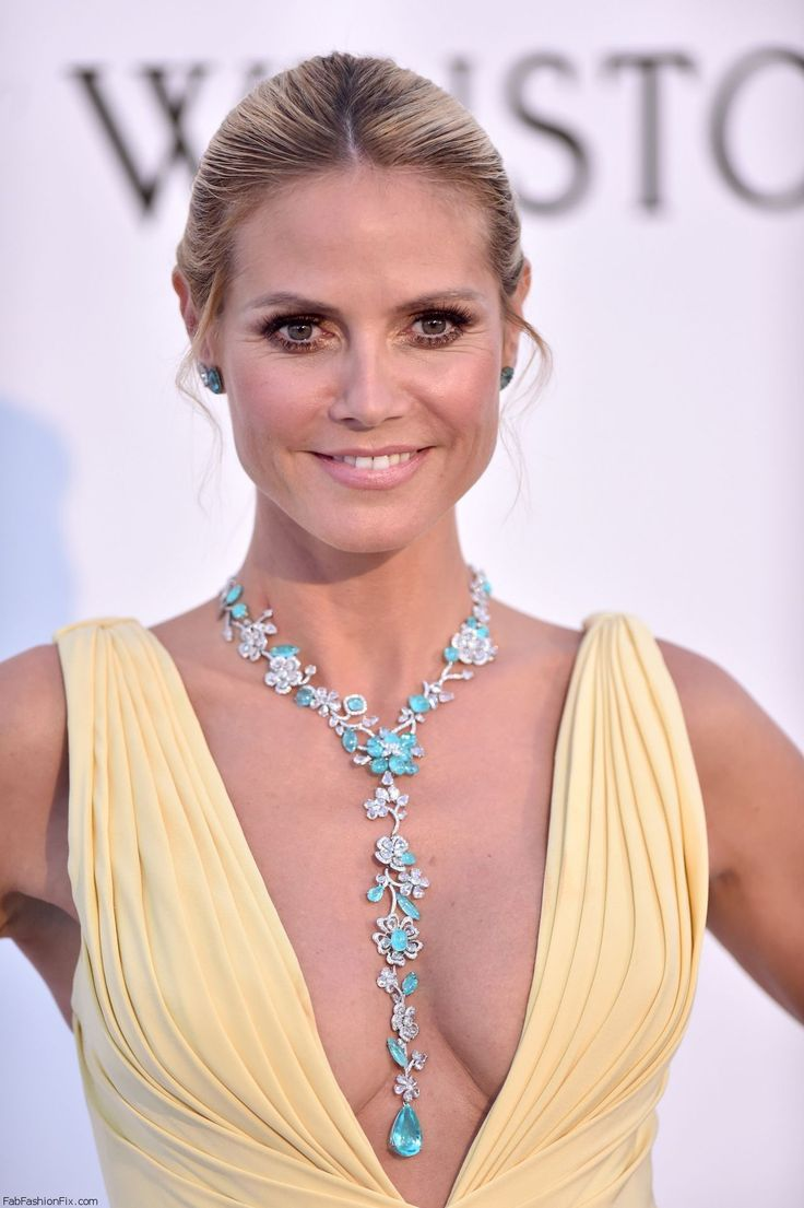 Heidi Klum wearing Lorraine Schwartz turquoise necklace at 2016 amfAR Gala in Cannes. #amfar #cannes #heidiklum