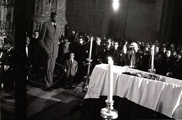 the funeral of Antonio Oliveira Salazar in the church of Jeronimos Monastery in Belem with Gabriel Manjacaze the giant 235 meters high 25 years from...
