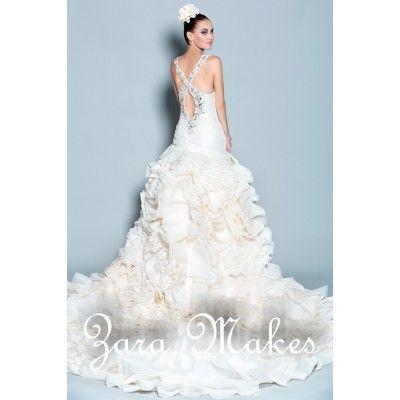 15 best wedding dresses images on Pinterest | Ballroom dress, Dress ...
