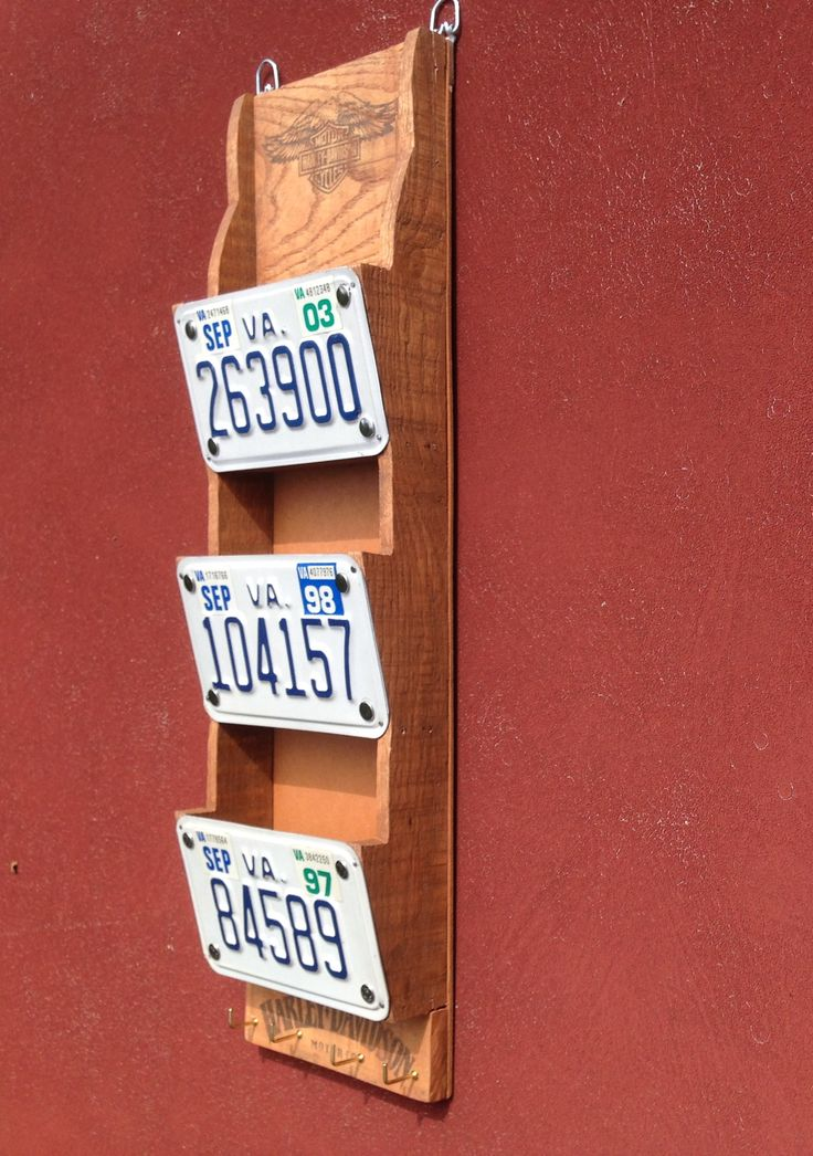 Letter or bill holder made with recycled pallet boards \u0026 license plates from my first 3 Harleys. Harley Davidson logos printed on wax paper with ink jet ... & 208 best License to Recycle! images on Pinterest | Licence plates ...