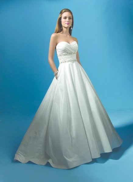 45 best Alfred Angelo images on Pinterest | Bridal gowns, Boyfriends ...