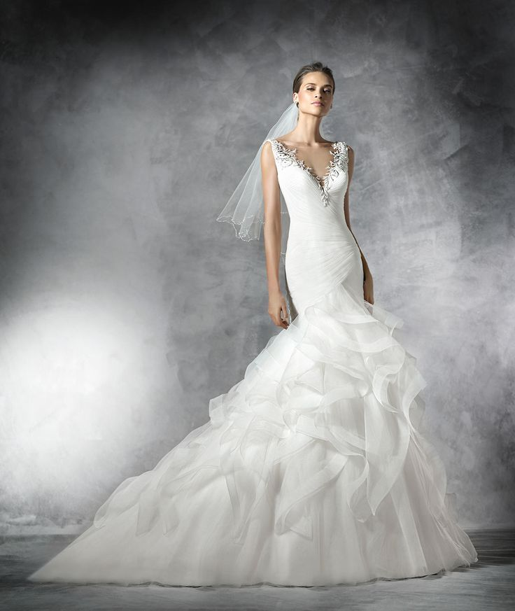 Precious Tulle Wedding Dress With Gemstone Embroidery