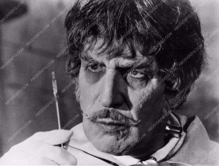photo Vicent Price Dr. Phibes Rises Again 1808-20
