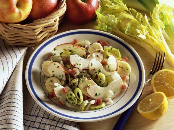 Fruchtiger Selleriesalat ist ein Rezept mit frischen Zutaten aus der Kategorie Obstsalat. Probieren Sie dieses und weitere Rezepte von EAT SMARTER!