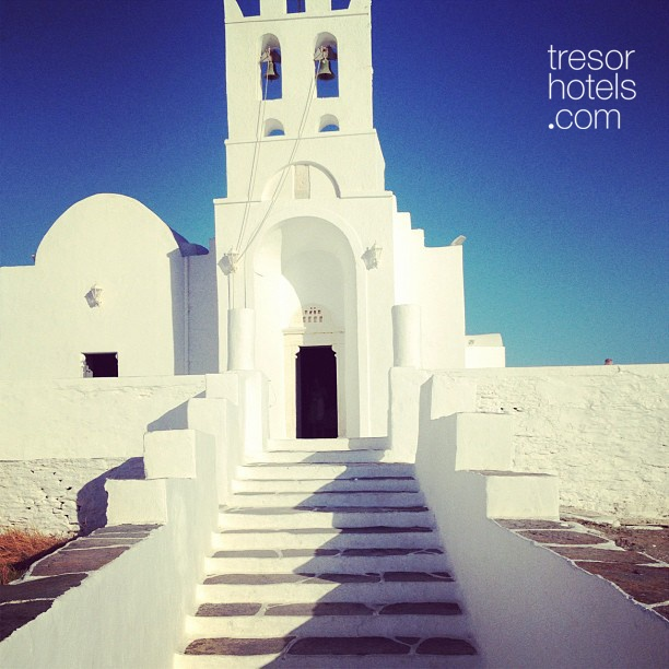 Trésor Hotels and Resorts_Luxury Boutique Hotels_#Greece_Genuine and mysterious all dressed in white in #Sifnos island. Serenity and original beauty in full magnitude.