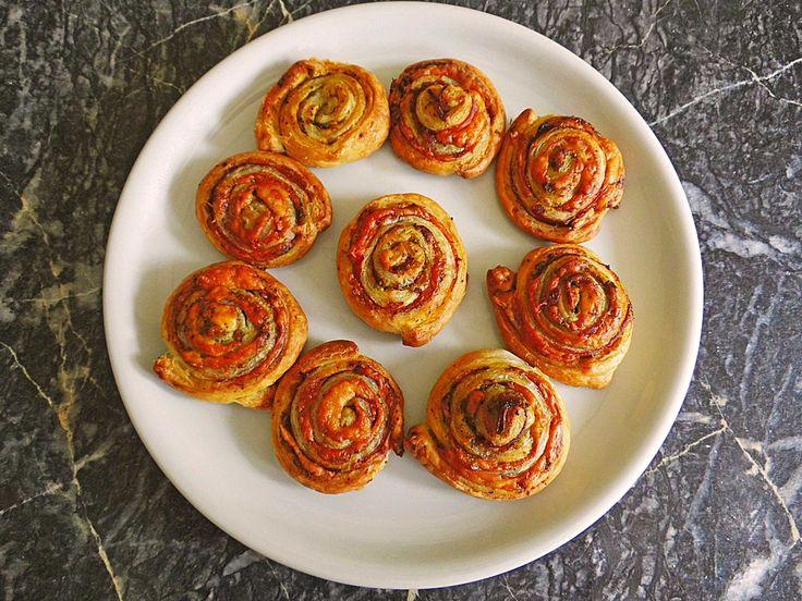 Tapas-Schnecken mit Serrano-Schinken und Manchego, ein tolles Rezept aus der Kategorie Snacks und kleine Gerichte. Bewertungen: 8. Durchschnitt: Ø 4,2.
