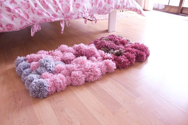 ふわふわで可愛い♡毛糸のポンポンで作るインテリアグッズ - LOCARI(ロカリ)