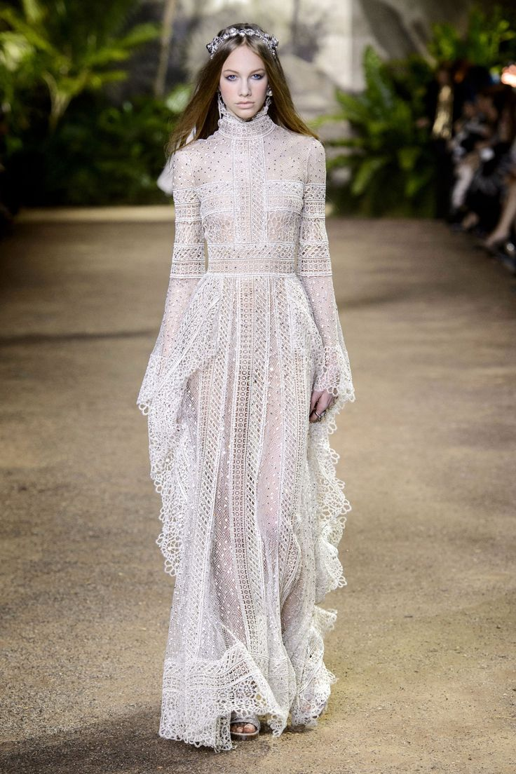 Elle Saab Spring 2016 - Haute Couture Week Spring 2016 #fashion #pixiemarket