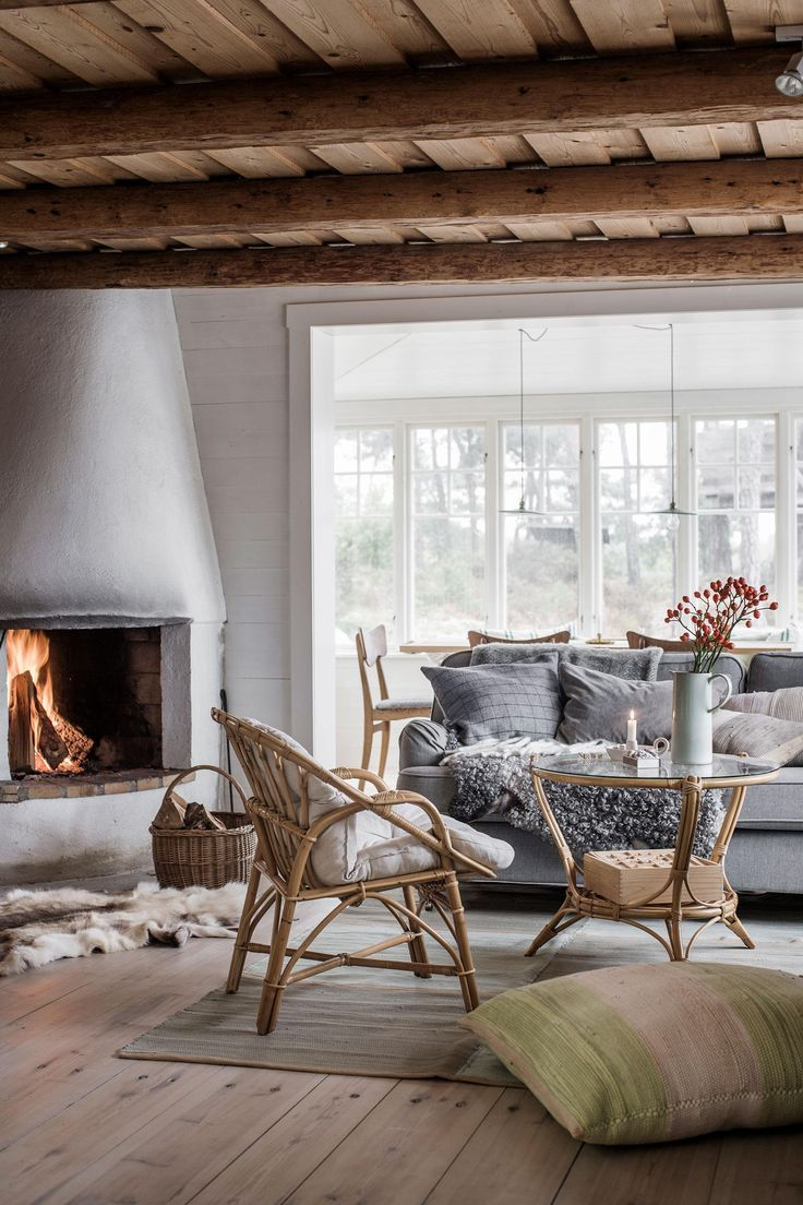 Scandinavian Cottages Shabby Chic In 2020 Modern Cottage Interiors Cottage Interiors Home Decor