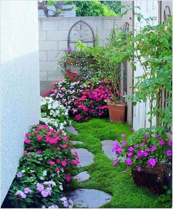 Flower Bed Ideas For Front Of House Back Front Yard Landscaping Front Yard Landscaping Design Small Front Yard Landscaping Front Garden Landscape