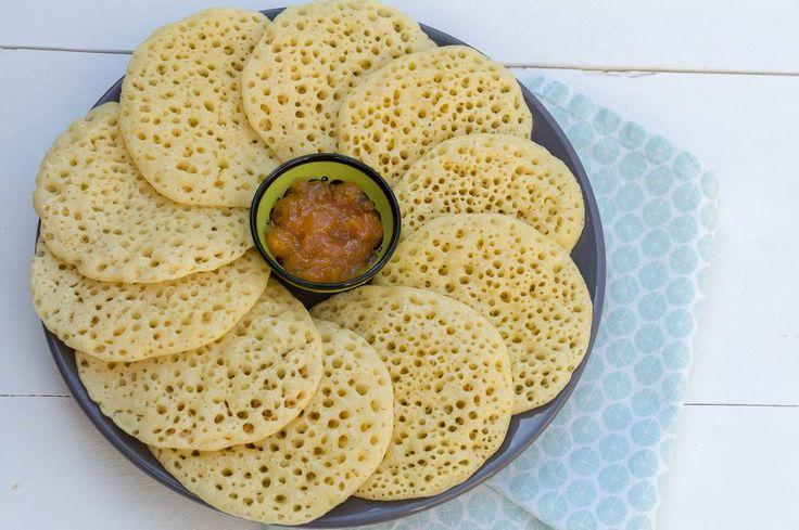 Recept voor Marokkaanse duizend gaten pannenkoekjes (Baghrir). Makkelijk te maken en duidelijk beschreven, een feestje om mee te ontbijten!