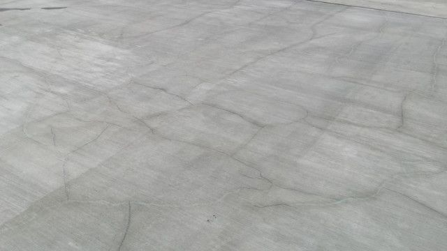 concrete cracks for various reasons including plastic