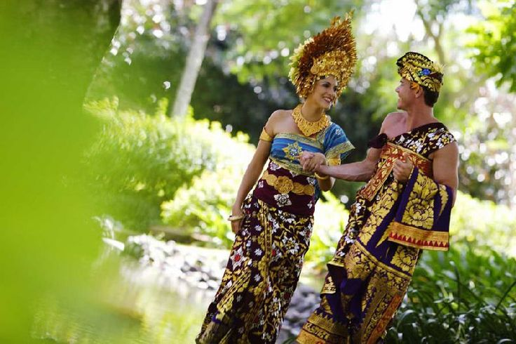 traditional-bali-wedding-clothes