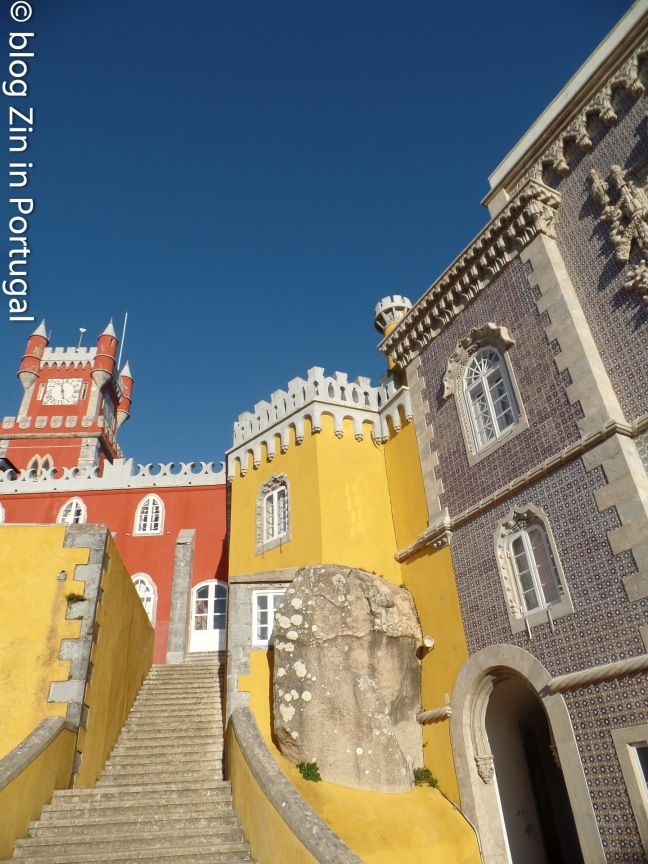 Het sprookjespaleis in Sintra. Lees het hier https://zininportugal.wordpress.com/2016/02/07/sprookjespaleis-in-sintra/