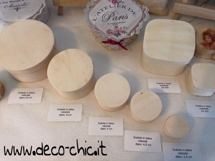 Scatole in balsa rotonde e quadrate disponibili su www.deco-chic.it