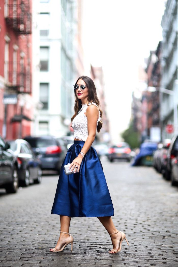 """I'm Kathleen and welcome to Carrie Bradshaw Lied! I started this website in 2010 as a way to stay connected with my girlfriends who I often dressed and styled in college (I graduated from The University of Mississippi, also knows as """"Ole Miss""""). I realized life after college wasn't as effortlessly fabulous and sprinkled with [ Continue Reading ⇨ ]"""