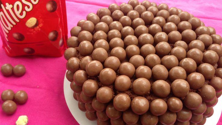 gâteau maltesers ou gâteau au chocolat pour enfant et ANNIVERSAIRE, gourmandises hummm !
