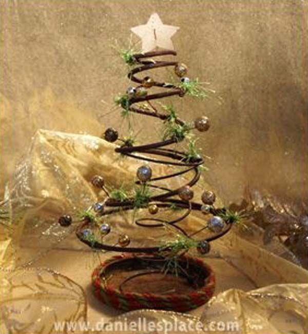 "Rusty Prim ""Bed Spring"" Christmas Tree - 32 Astonishing DIY Vintage Christmas Decor Ideas"