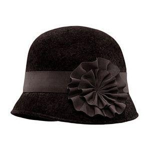 love this hat!! 1920s fashion