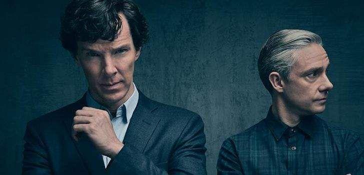 A BBC liberou, através da página oficial da série no Facebook, a primeira foto oficial da quarta temporada de Sherlock. A foto mostra o Sherlock Holmes de Benedict Cumberbatch e o Dr. John Watson, interpretado por Martin Freeman. A quarta temporada de Sherlock começou suas filmagens em Abril desse ano, que duraram até o começo …