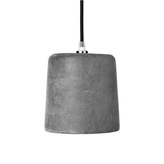 The Conical lamp by the Danish brand Broste Copenhagen is a robust and industrial style lamp. The lamp is made of concrete and has a clean-looking, matte finish. The Lamp is great displayed by itself or in a cluster of a few. Available in different colors.