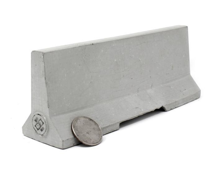 1 12 Scale Mini Cinder Block Mold Jersey Barrier Concrete Blocks Mini