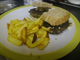 Who Ate All The Cake?: Homemade Quorn Burgers
