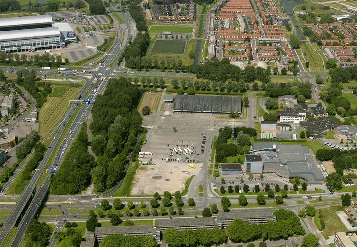 SEAFARI komt op een perceel grond op Sportpark Olympus in Arnhem. Het is het 'zanderige' perceel op de luchtfoto.
