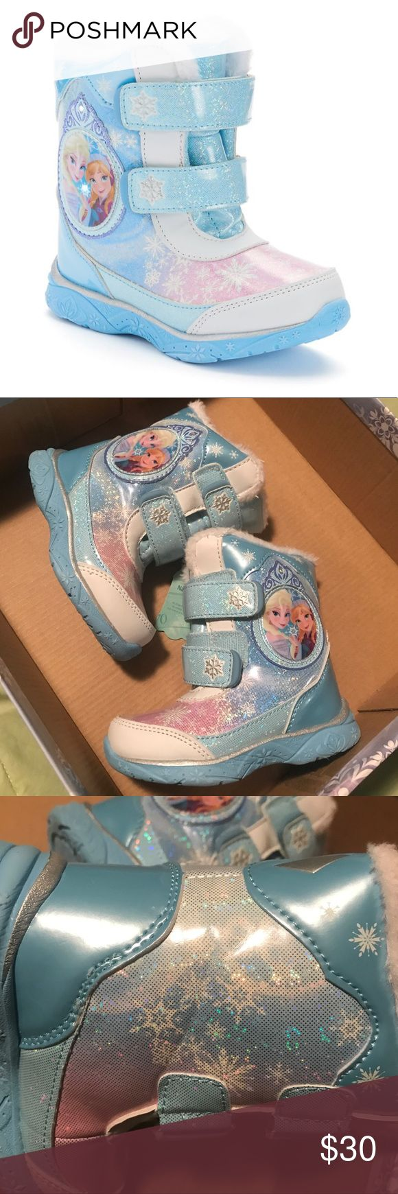 Girls light up Frozen snow boots Pale blue with holographic shine all over and lights up when you walk Disney Shoes Rain & Snow Boots