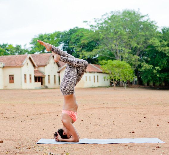 Handstands: They're not just doing it for the 'gram.