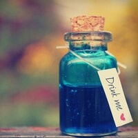 Blue green drink of friends