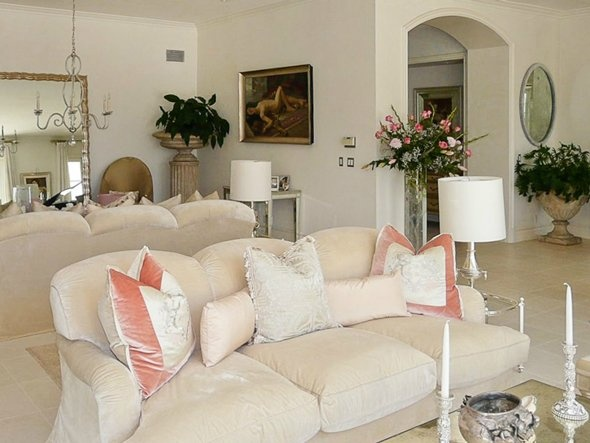 17 best images about lisa vanderpumps house on pinterest Lisa vanderpump home decor for sale
