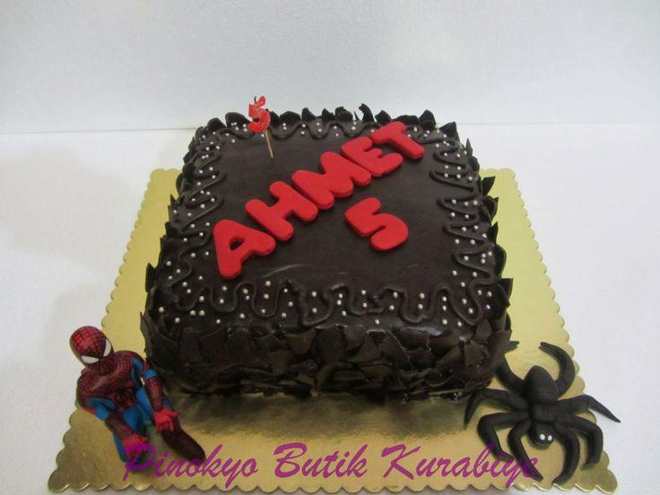 Pinokyo Butik Kurabiye ve Pasta - İzmit: Çikolatalı doğum günü pastası...