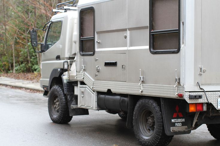 custom fuso fg 4x4 Ultimate 4×4 Surf Expedition Truck