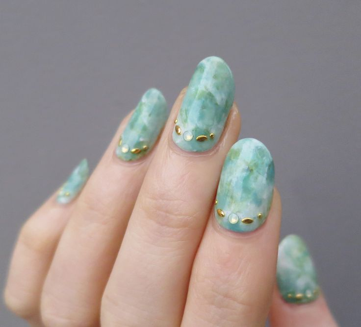 sea green marble nail art