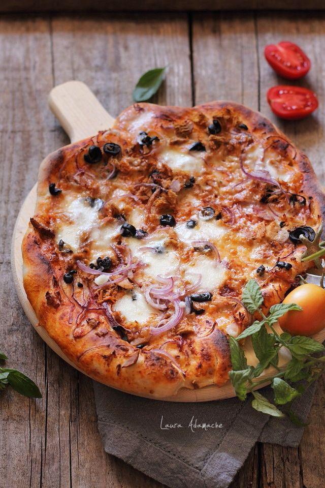 Pizza cu ton si masline