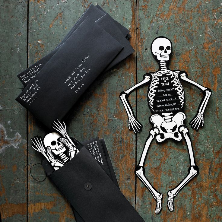 frightening fetes call for equally spirited invitations this halloween lure partygoers to your haunted house with a bone rattling skeleton