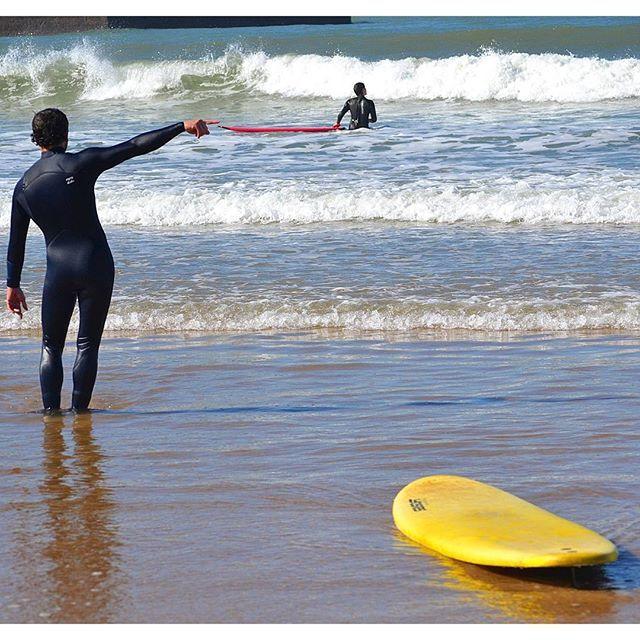 Curso de surf en la Playa de Gorliz