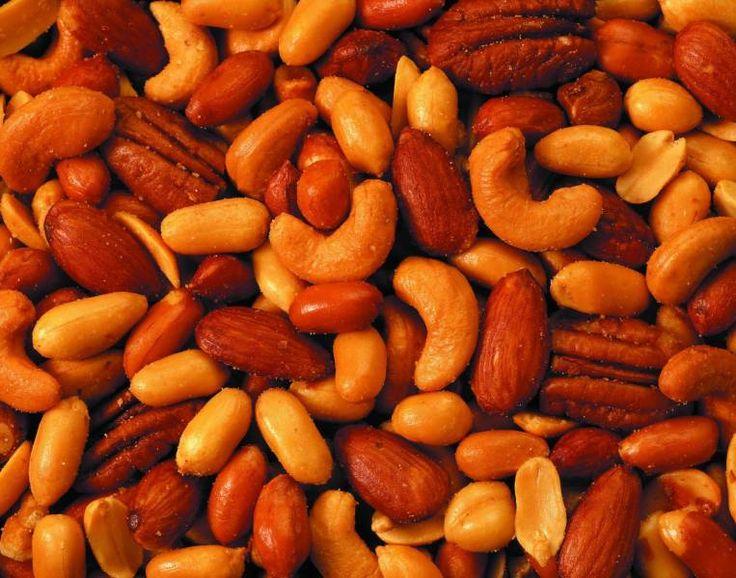 يحتوي على أقل نسبة دهون بين المكسرات ... إليكي فوائد الكاجو - سارة سعيد