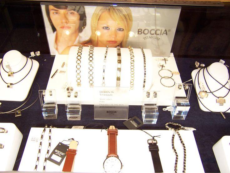 Boccia Titanium display