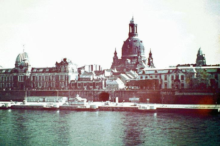 Дрезден до бомбардировки 13 февраля 1945г. Фрауэнкирхе.
