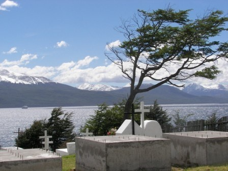 Cementerio de Puerto Williams #Chile