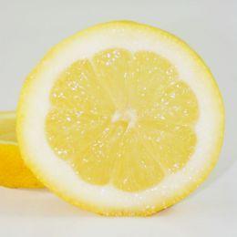 Cider vinegar, coconut oil, lemon juice, or jojoba oil