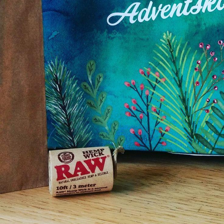 Adventskalender mit Bio Saatgut, RAW Hempwick und Wäscheklammern zum Dekorieren der Saatgutpäckchen von Magic Garden Seeds